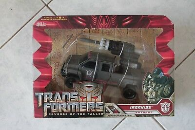 Hasbro Transformers Revenge of the Fallen - Ironhide Voyager Class