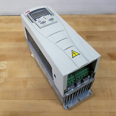 ABB ACS550-U1-04A1-4 Drive, 2 HP, 1.5kW, 3 Phase, 4.1 Amp, 500 Hz - USED
