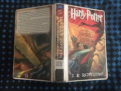 [ORIGINAL LIBRARY] 1ST Edition HARRY POTTER And The CHAMBER Of SECRETS (c) 1998