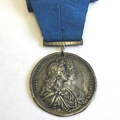 """1689 William & Mary Silver Coronation Medal 52mm Very Rare """"No Surrender"""""""