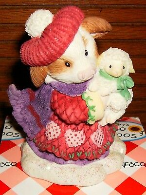 """Mary's Moo Moos 4002507 """"warm  Wooly Wishes""""  Girl With Lamb   2005  Enesco"""