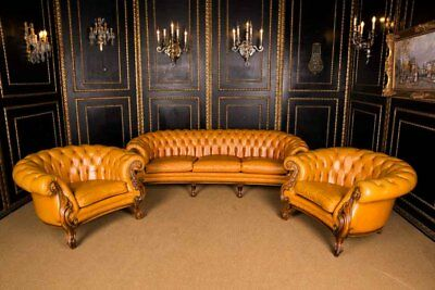 Italian Sofa Set with Quilted Leather Chesterfield Baroque Style
