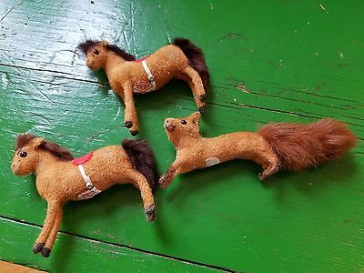 Vintage Flocked Horses & Fox - Handwork Kunstlerschutz - W. Germany - COOL!