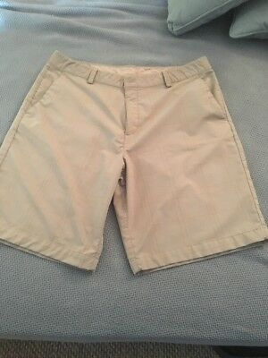 UNDER ARMOUR GolF Performance Shorts Mens Size 36 Tan With Stripes