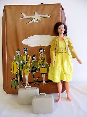 VINTAGE 1960s Remco littlechap doll case with Judy Littlechap and suit cases!