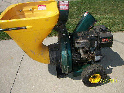 Wood Chipper in good running condition with a Tecamseh motor