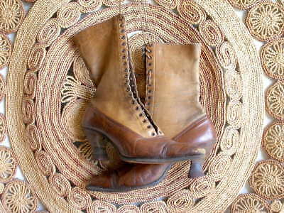 Antique Victorian 2-Tone Leather Lace Up Decor Boots