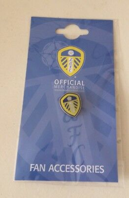 Leeds United FC Football Club Enamel Crest Pin Badge Brand New sealed in packet