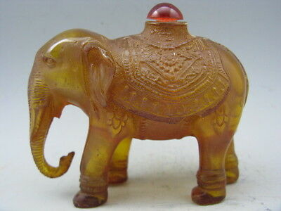 Chinese Exquisite Artificial Amber Hand Carved Elephant Snuff Bottle