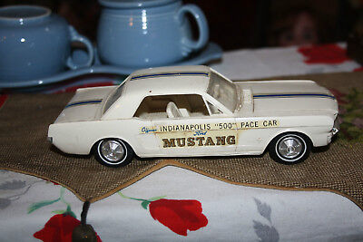 1964 1/2 Ford Mustang Indy 500 Pace Car Vintage plastic Model Dealership freeby?
