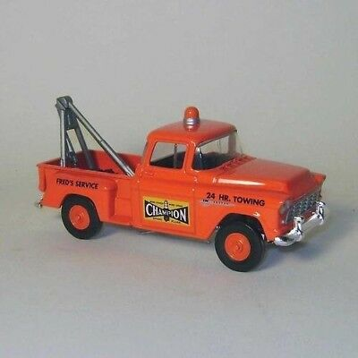 Die Cast Matchbox 1955 ChevroletChampion Sparkplug Towing and Service Truck