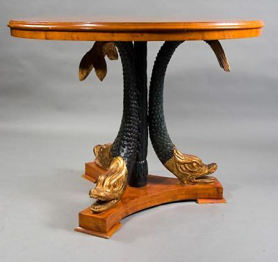 Significant Magnificent Table Table with Carved Delfinen in the Empire Style