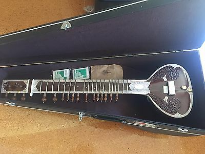 Sitar in good condition in hard case
