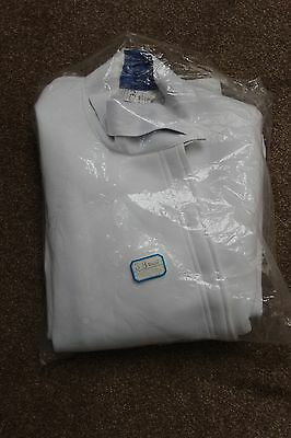 New, Jiang 350N woman's fencing jacket, right handed Euro size 38