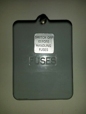 Used BS3036 Wylex 2 way fuse cover.