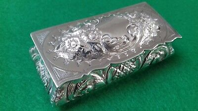 Magnificent Rare Solid Silver Table Snuff Box Joseph Glouster 1902 Birmingham.