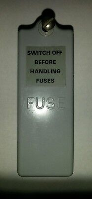 Used BS3036 Wylex 1 way fuse cover.