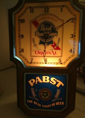 Vintage Pabst Blue Ribbon Lighted Wall Pendulum Clock Sign