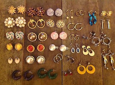LOT OF 33 PAIRS OF VINTAGE earrings some marked Japan Avon Marino Excellent !!