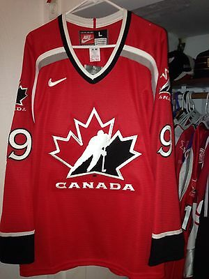 1998 Team Canada Olympic Hockey Steve Yzerman Jersey Large by Nike with Tags