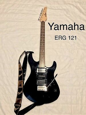 Yamaha ERG 121 Electric Guitar