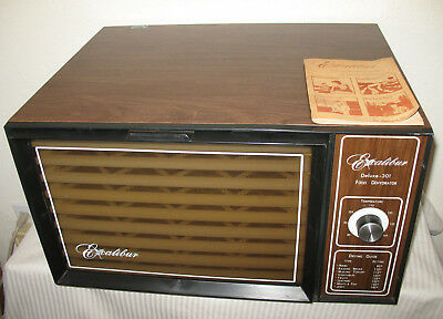 Excalibur Food Dehydrator Deluxe 9 Tray Vintage ED-301  Booklet & Original Box