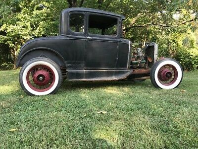 1931 Ford Model A  1931 Ford 5 Window coupe