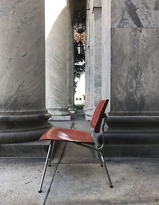 Rare Early Eames Red Aniline Dye LCM Lounge Chair Herman Miller