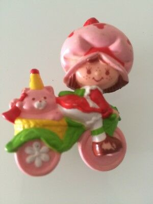 Strawberry Shortcake riding bike bicycle with Custard Cat vintage mini miniature