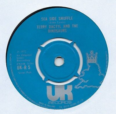"""Terry Dactyl And The Dinosaurs - Sea Side Shuffle - 7"""" Single"""