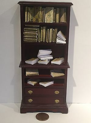 Dolls house miniature books, Magestic job lot of 30 books 1:12th scale!!