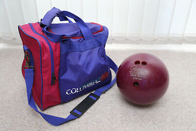 USA Columbia 300 pink / purple bowling ball (4.6kg appx) with carry bag