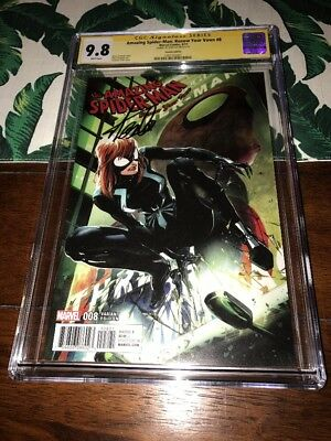 Spider-Man Renew Your Vows 8✳️CRAIN VARIANT 1:25✳️CGC SS  9.8✳️SIGNED STAN LEE✳️