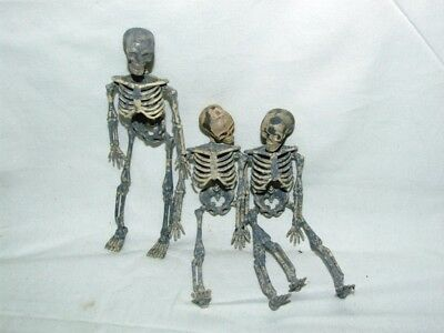 1/12th Scale DOLLS HOUSE SKELETON FOR HALLOWEEN SPOOKY SCENES DUNGEON GRAVEYARD