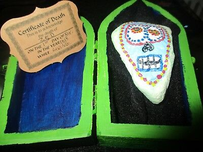 "Day Of The Dead ""Zed is Dead""-Hand Painted Coffin/Rock FUN"