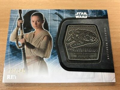 Star Wars The Force Awakens Series 2 Rey 140/145 Silver Medallion Card #19