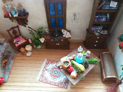 Room Box / Puppenstube / 12th Scale / Inch Scale / Hexenküche / witch hut