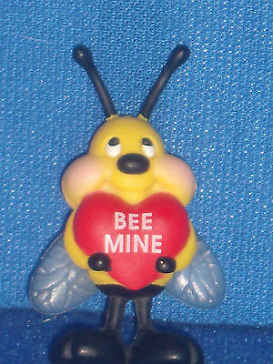 Gibson Bee Mine Heart Valentines Day Pin