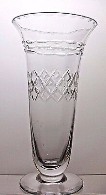Beautiful Design Lead Crystal Cut Glass Vase