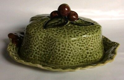 Shorter & Son Cabbage Leaf Design Butter Dish With Berry Fruit Detail