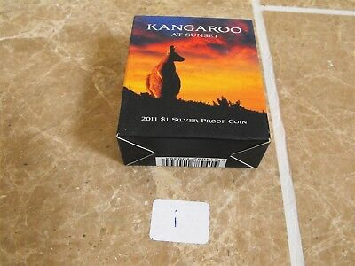 Australia Kangaroo at Sunset Dollar 2011 Silver in Original Case with COA - i