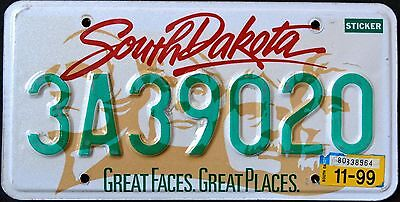 """SOUTH DAKOTA """" GREAT FACES - MT RUSHMORE """" 1999 SD Vintage Classic License Plate"""