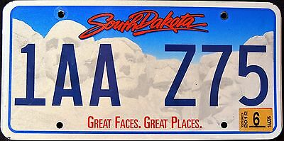 """SOUTH DAKOTA """" GREAT FACES - GREAT PLACES """"  Graphic License Plate"""