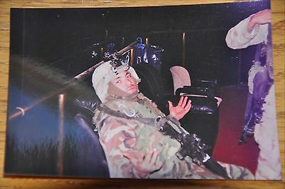 Iraqi Freedom OIF 1st Armored Photograph 3 x 5 Chilling in Full Gear
