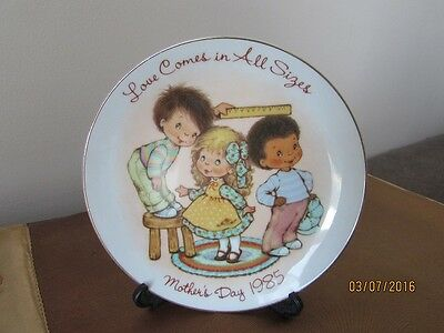 Vintage Mother's Day 1985 Avon Collector Plate