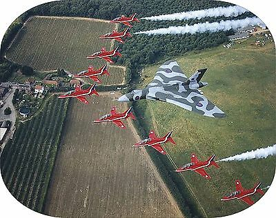 VULCAN & RED ARROWS Aircraft in flight image on a computer Mouse Mat unbranded