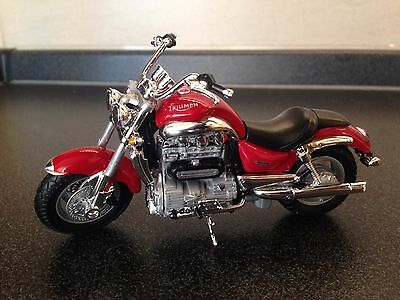 1:18 TRIUMPH Rocket III 3 red Motorcycle Bike Model Toy New In Box