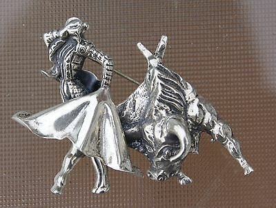 Vintage Mexican Sterling Silver Brooch - Matador & Bull - Stamped MEXICO H.R.S