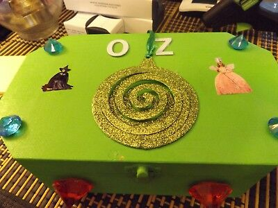 wizard of oz,emerald city trinket box/keepsake chest/handmade.