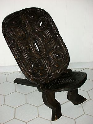 AUTHENTIC AFRICAN TRIBAL ART CARVED 2 PLANK WOODEN CHAIR collected Liberia 1982